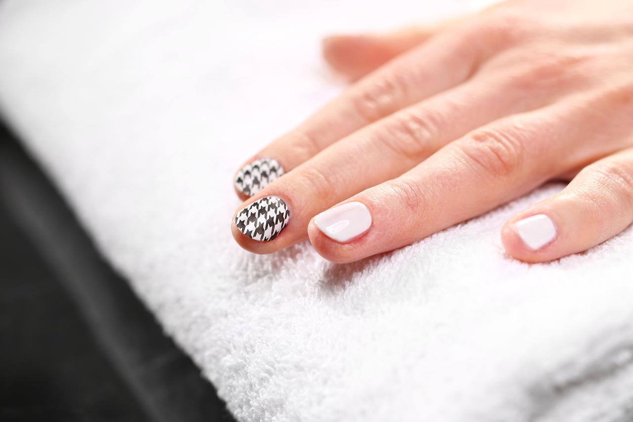 Prawidłowe wykonanie manicure - zalety i rodzaje manicure